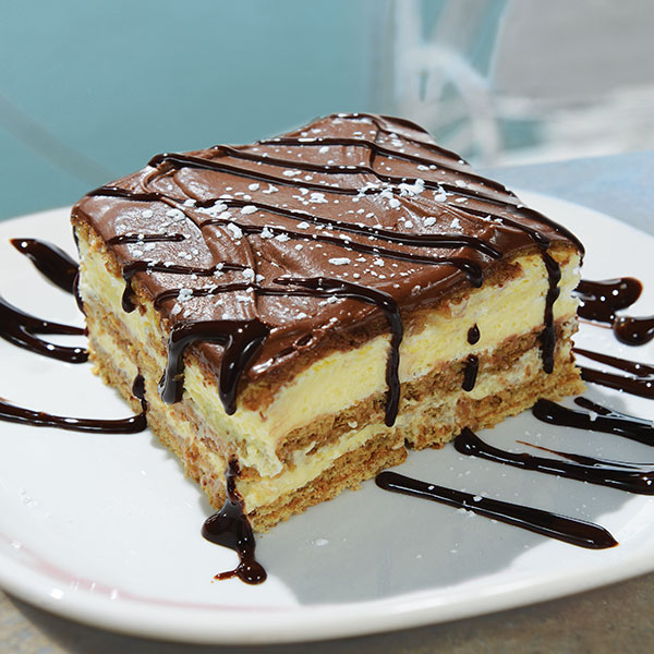 Chocolate Eclair Pie